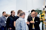 pilz_f_roadshow_trainer_explain_cold1_2013_10_klein.jpg